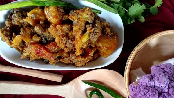 alu gobi sabji /purple cauliflower curry