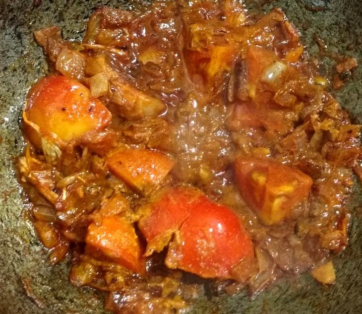 How to cook Bora diye enchorer torkari/jackfruit curry