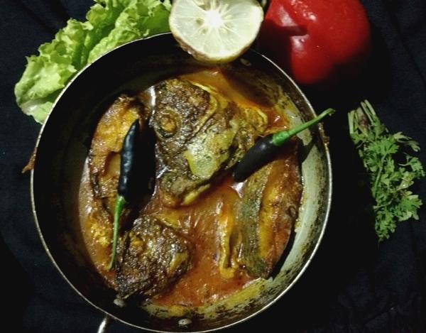 How to make Nylontikka fish curry