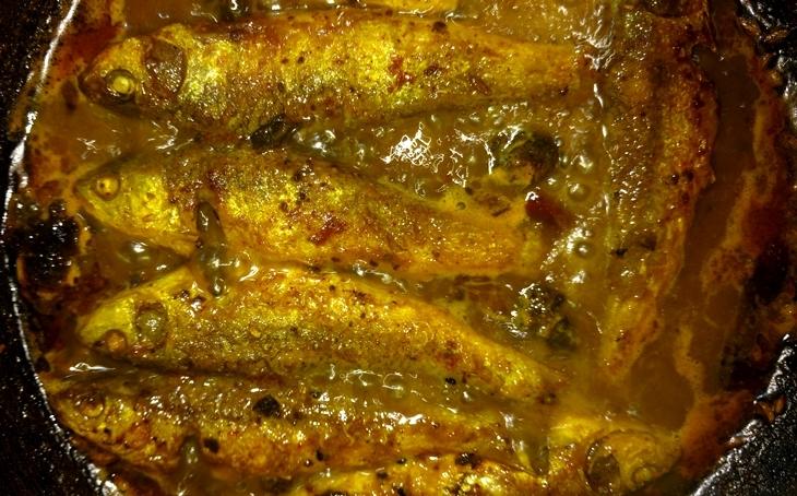 how to make bata macher tok/sour fish