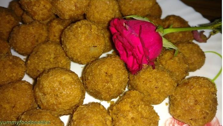 How to make traditional gurer narkel naru