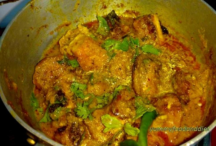 How to make delicious paneer pakoda curry